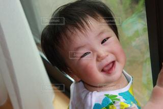 振り向きざまの笑顔 - No.740471