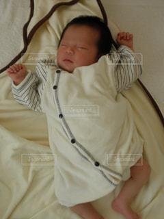 赤ちゃんの寝姿 - No.740492