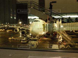 空港で大規模な飛行機 - No.740520
