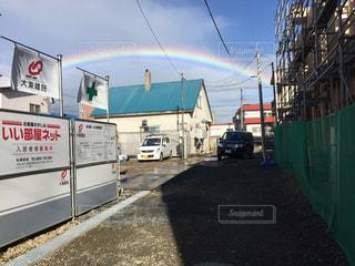 出勤前の虹の写真・画像素材[738603]