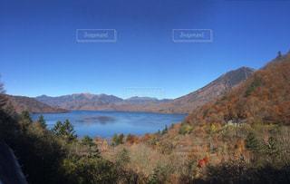 山と湖の写真・画像素材[1160731]