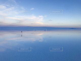 ウユニ塩湖の写真・画像素材[2139579]