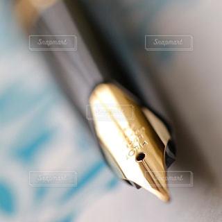 近くにペンのアップの写真・画像素材[737317]