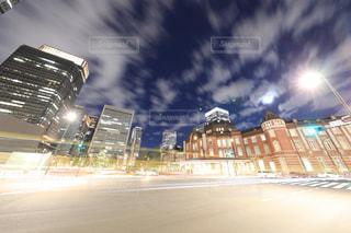 夜の東京駅 丸の内口の写真・画像素材[944179]