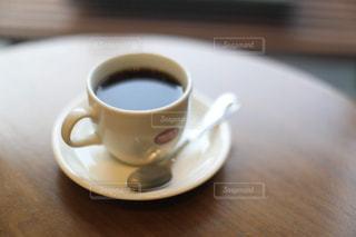 空が映るコーヒーの写真・画像素材[1761884]