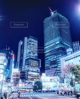 夜の渋谷駅前 2018年12月の写真・画像素材[1764179]