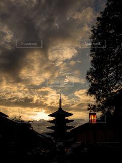 黄昏時の京都 二寧坂の写真・画像素材[1790456]