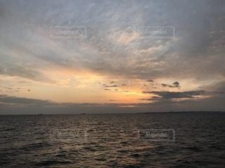 海からの夕景の写真・画像素材[1808852]