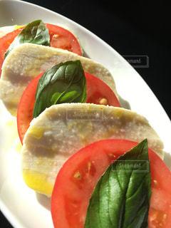 モッツァレラチーズとトマトのサラダ - No.737634
