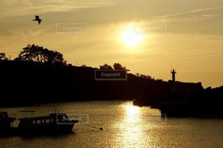 佐渡の夕陽の写真・画像素材[737985]