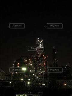 夜の街の景色の写真・画像素材[750656]