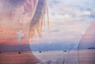 ピアスと海と。の写真・画像素材[738913]