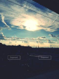 駅からみる空の写真・画像素材[739312]