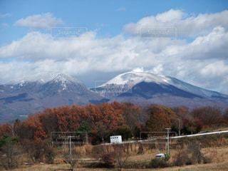晩秋の浅間山の写真・画像素材[791054]