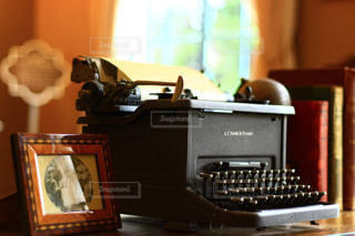 タイプライターの写真・画像素材[1430173]
