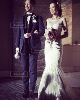 男と女の画像のポーズは - No.740234