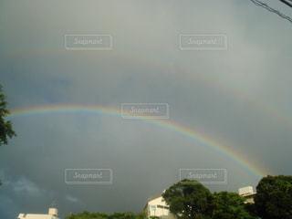 空に二つの虹の写真・画像素材[756059]