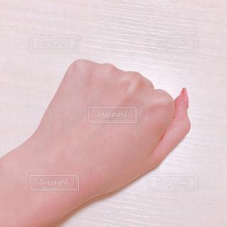日焼けした手の写真・画像素材[1637256]