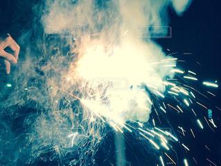 近くに火のの写真・画像素材[743746]