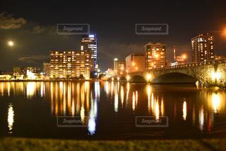 夏の万代橋の写真・画像素材[742307]