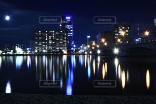 万代橋より信濃川をのぞむの写真・画像素材[742309]