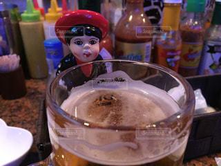 ビールで乾杯の写真・画像素材[854997]