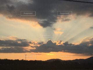 水体の空に雲の写真・画像素材[744580]