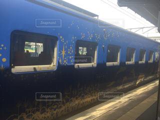 鋼のトラックの列車の写真・画像素材[755124]