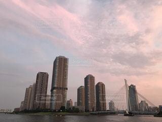 湾岸沿いのタワーマンション群の写真・画像素材[745440]