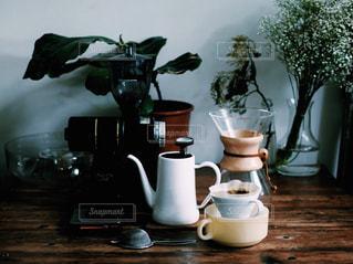 メルボルンスタイルのコーヒー道具一式の写真・画像素材[745333]