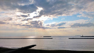 ビーチの日の出の写真・画像素材[745592]