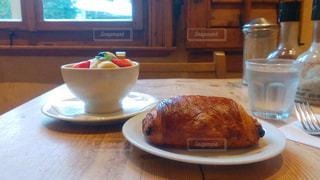 カフェでモーニング - No.865279