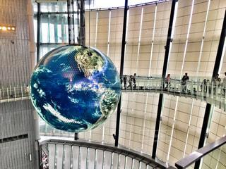 未来科学博物館の大きな地球模型の写真・画像素材[745741]