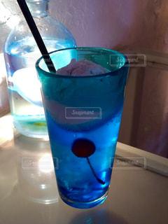 青いクリームソーダの写真・画像素材[747815]