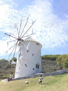 白いギリシャ風車の写真・画像素材[746244]