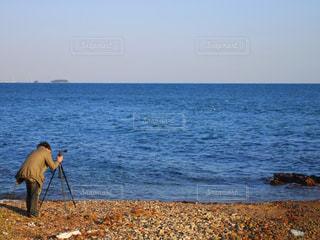 撮影する人の写真・画像素材[807702]