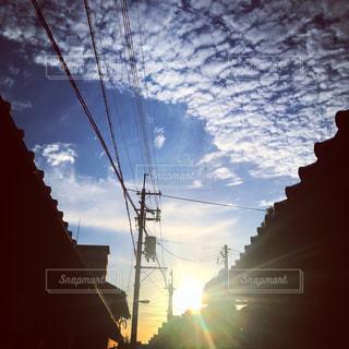 秋空の朝の写真・画像素材[765845]