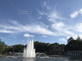 噴水のある公園の写真・画像素材[1633458]