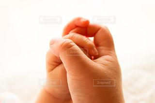はじめての握手。の写真・画像素材[1846400]