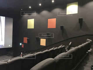 映画館のソファの写真・画像素材[1175910]