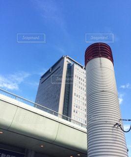 大きな白い建物の写真・画像素材[1206969]