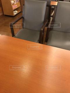 テーブルの写真・画像素材[1997934]