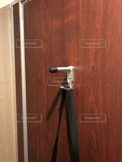 木製のドアの写真・画像素材[2099302]