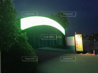 ラブホテルの入り口の写真・画像素材[2129809]