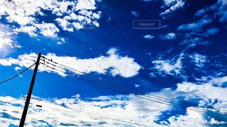 電柱と青空の写真・画像素材[757976]