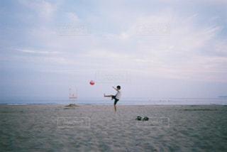 ビーチで遊んでる人の写真・画像素材[759329]