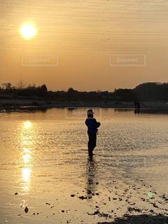 釣りのはじめの写真・画像素材[3056935]