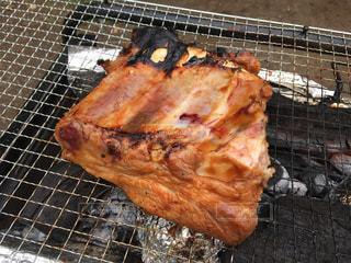 バーベキューで肉の写真・画像素材[760108]