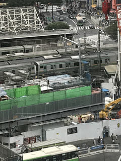 湘南新宿ラインはE233系と209系が連結しています。の写真・画像素材[770235]