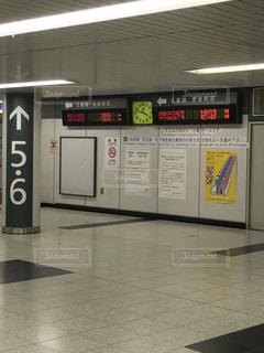 新宿駅地下通路案内板の写真・画像素材[810664]